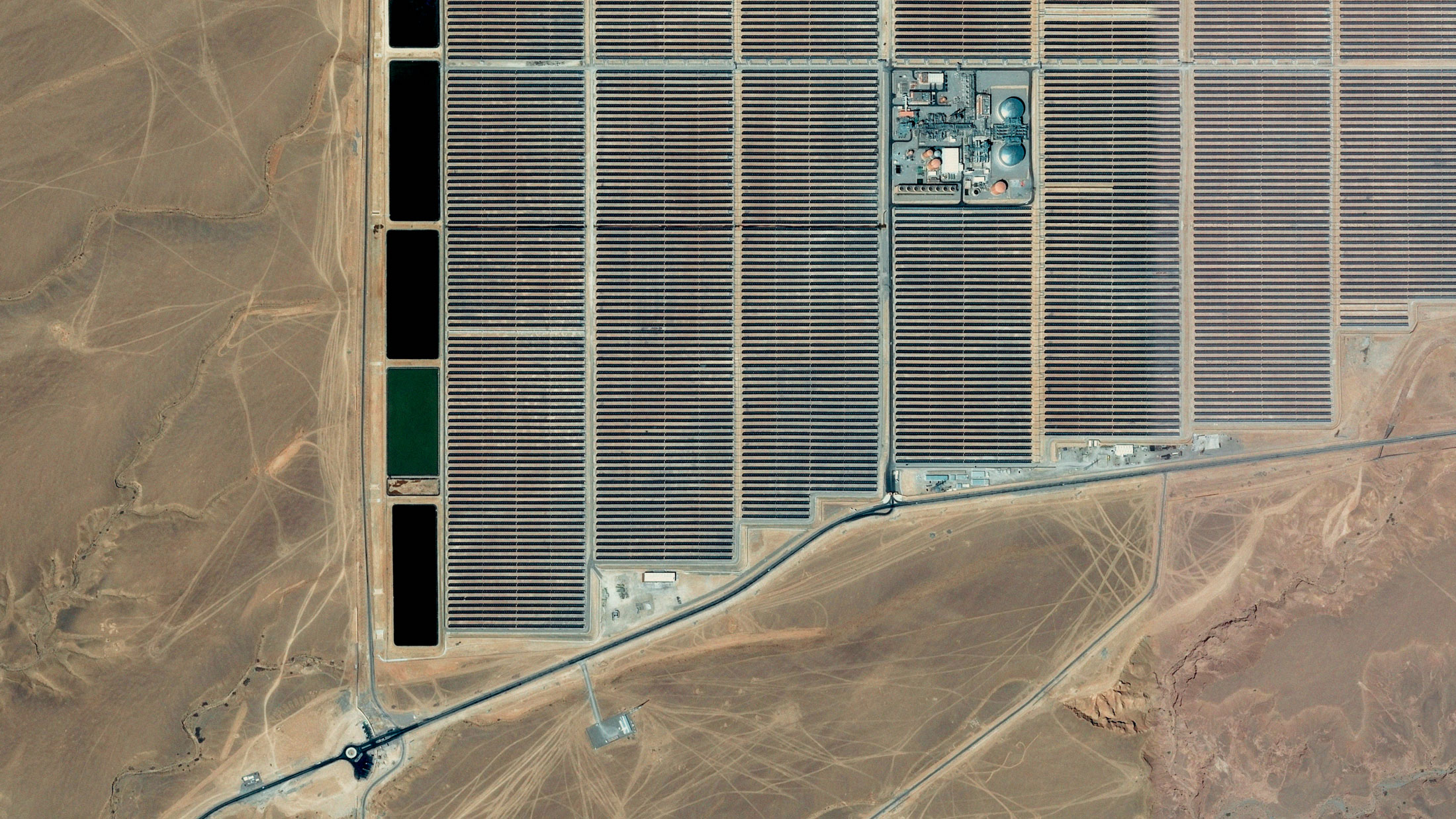 France is supporting the construction of Morocco's first entirely thermodynamic solar power plant, in Ouarzazate. Morocco was the largest recipient of France's ODA between 2012 and 2014.