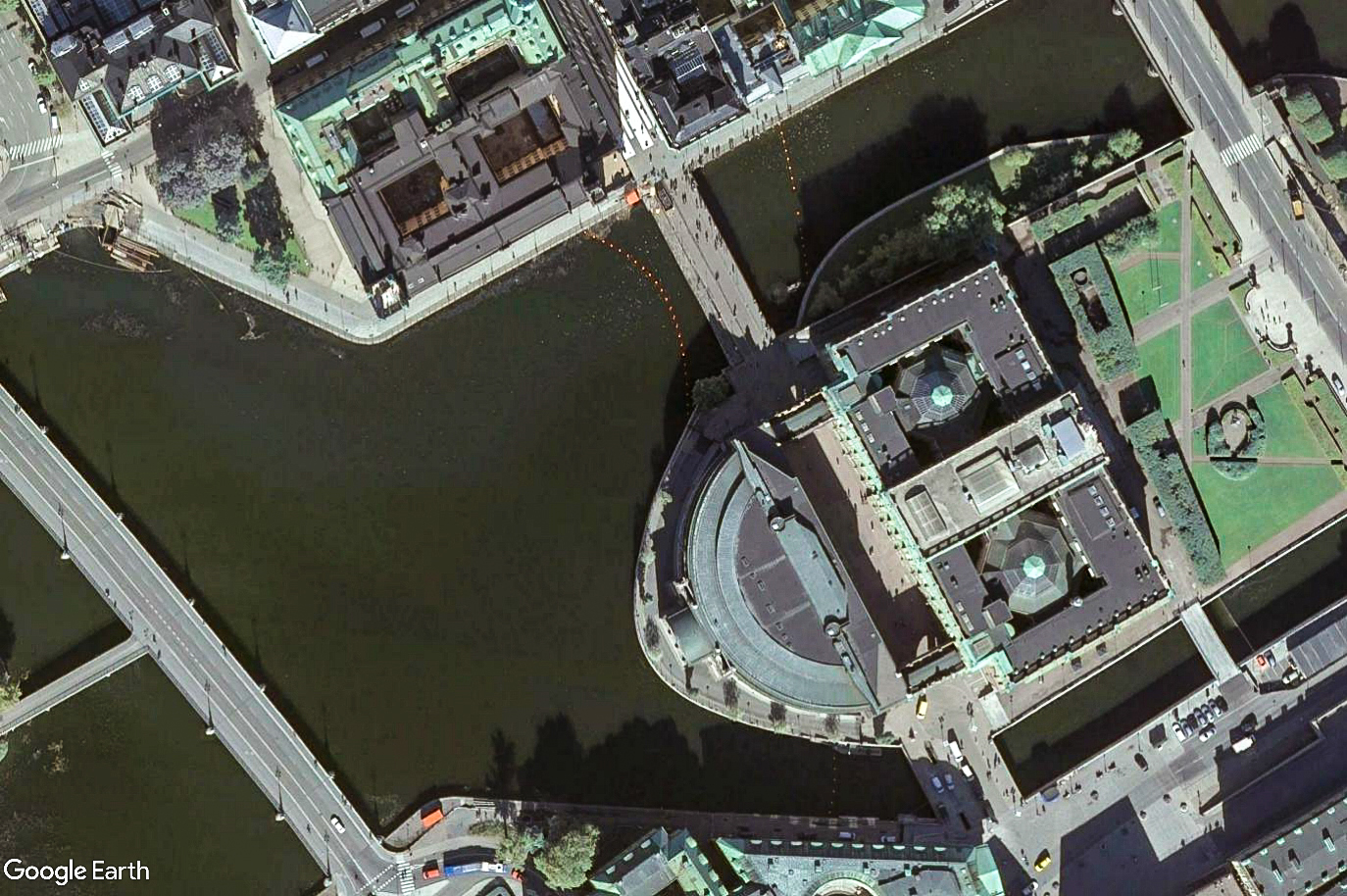 The Swedish Parliament, the Riksdag, sits opposite Rosenbad, the Prime Minister's office, in Stockholm